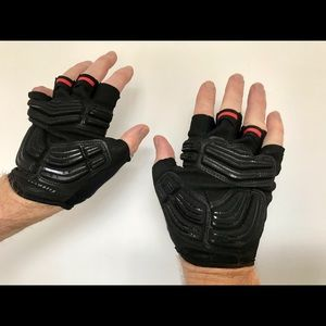 body geometry cycling gloves